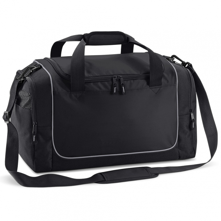 8c2c7f4ebf School sports and swim wear holdall bag